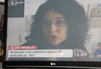 Célia Carvalho, being interviewed by RTP.